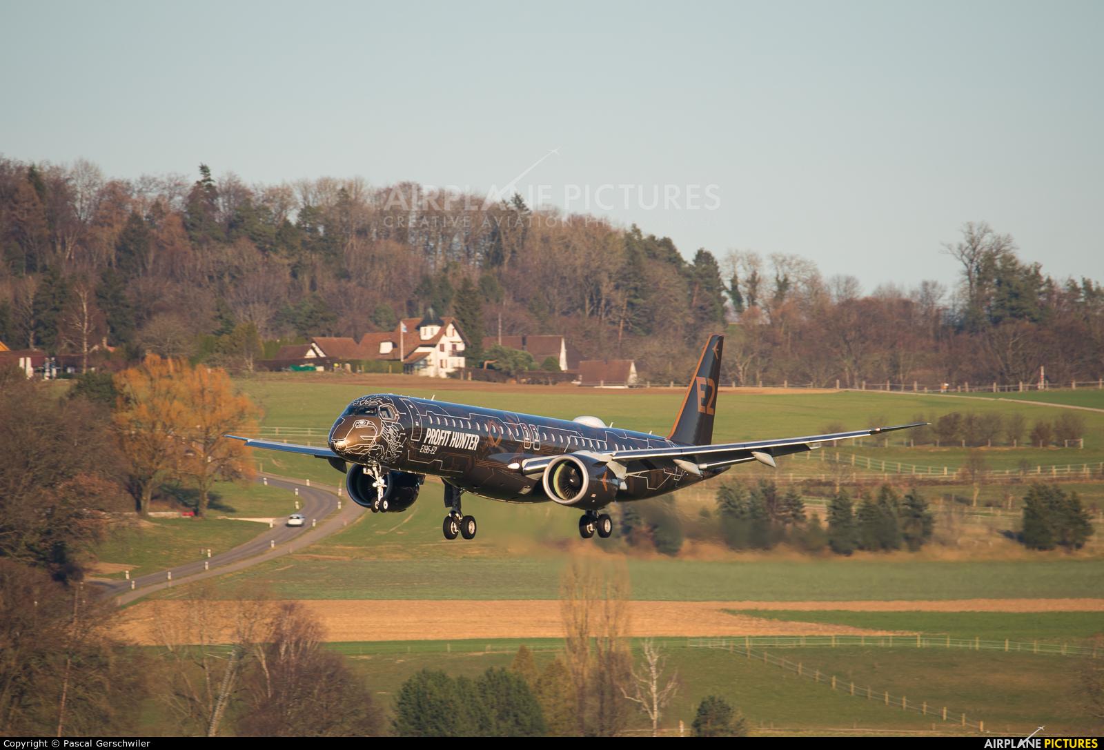 Embraer PR-ZIQ aircraft at Zurich