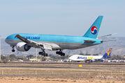HL8043 - Korean Air Cargo Boeing 777F aircraft