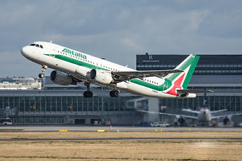 I-BIKA - Alitalia Airbus A320