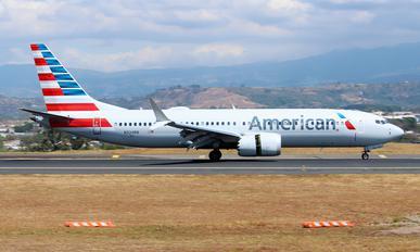N324RN - American Airlines Boeing 737-8 MAX
