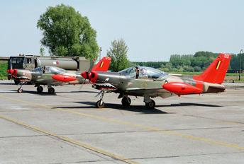 ST-32 - Belgium - Air Force SIAI-Marchetti SF-260