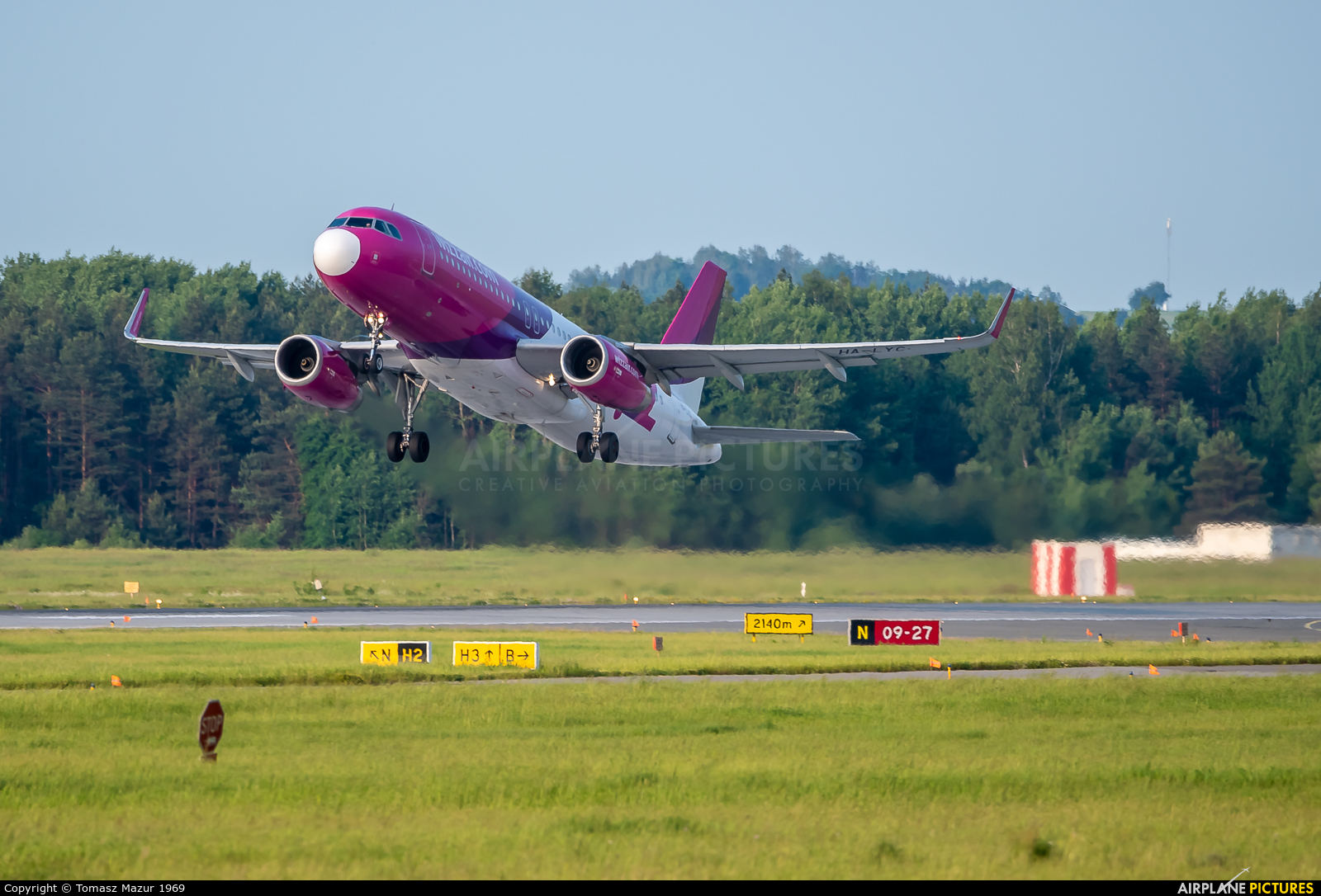 Wizz Air HA-LYC aircraft at Katowice - Pyrzowice