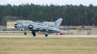 3920 - Poland - Air Force Sukhoi Su-22M-4