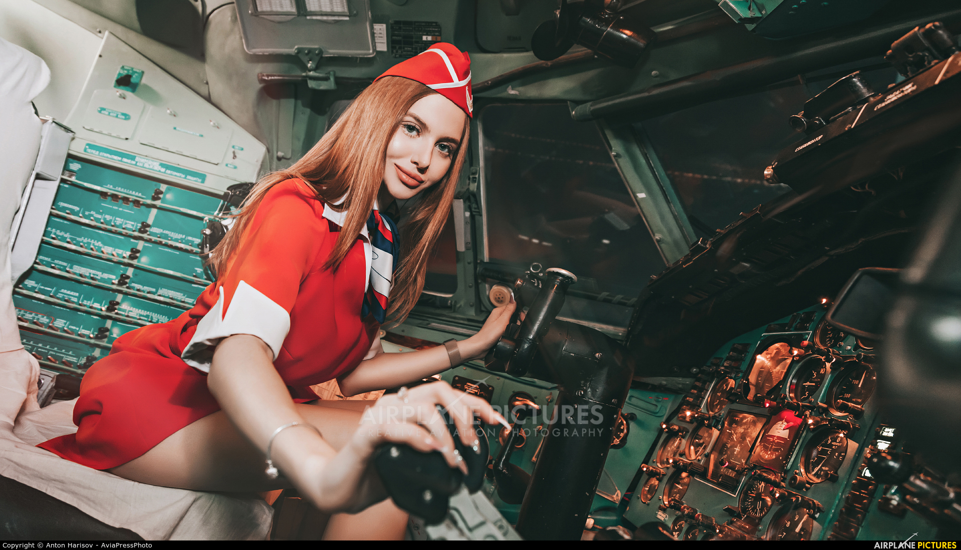 - Aviation Glamour - aircraft at Undisclosed Location