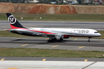 B-2821 - Air China Boeing 757-200