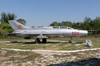 1120 - Romania - Air Force Mikoyan-Gurevich MiG-21U
