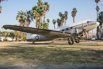 4-76588 - Private Douglas C-47 Dakota 4