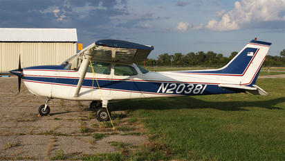 N20381 - Private Cessna 172 Skyhawk (all models except RG)
