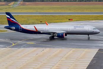 VP-BKR - Aeroflot Airbus A321