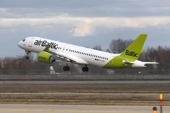 YL-AAV - Air Baltic Airbus A220-300
