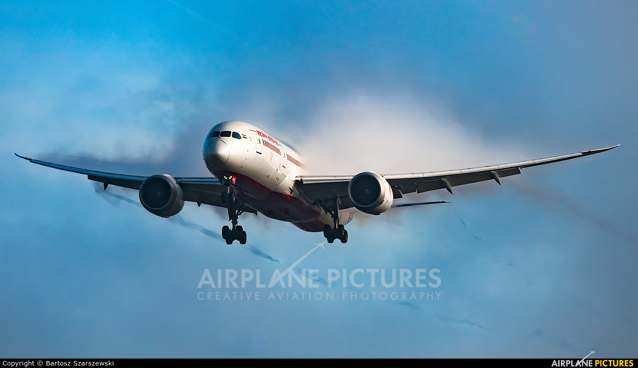 Air India VT-ANX aircraft at London - Heathrow