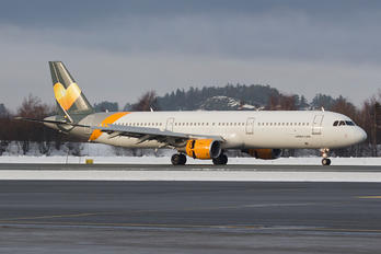 OY-TCD - Sunclass Airlines Airbus A321
