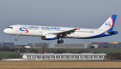 VQ-BCE - Ural Airlines Airbus A321