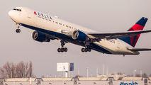 N186DN - Delta Air Lines Boeing 767-300ER aircraft