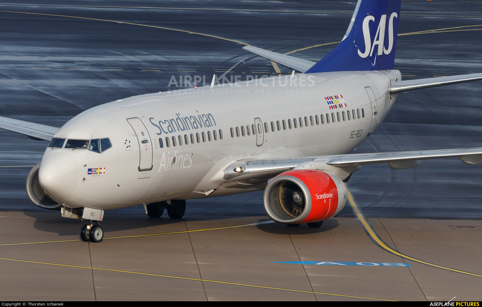 SAS - Scandinavian Airlines SE-REU aircraft at Düsseldorf