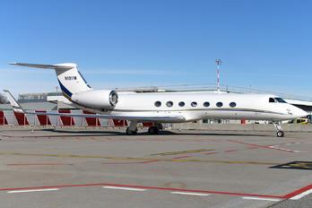 N1911W - Private Gulfstream Aerospace G-V, G-V-SP, G500, G550