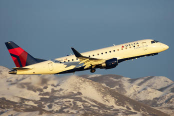 N284SY - Delta Connection - SkyWest Airlines Embraer ERJ-175 (170-200)