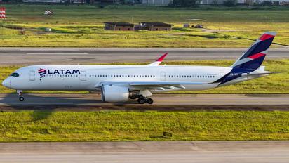 PR-XTI - LATAM Airbus A350-900