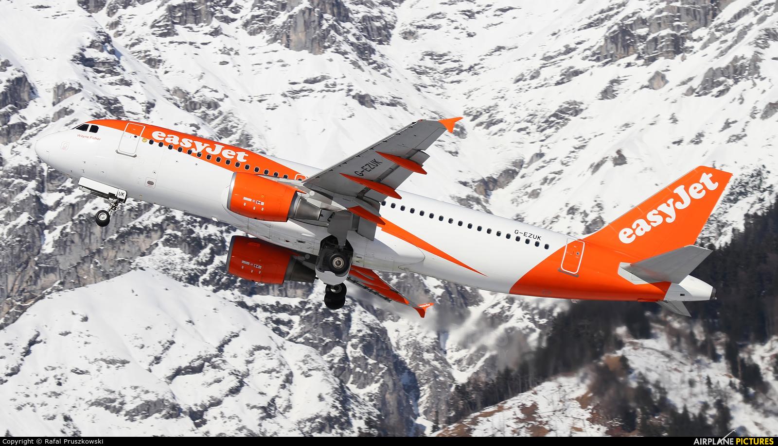 easyJet G-EZUK aircraft at Innsbruck
