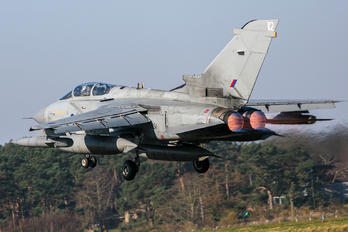 ZD851 - Royal Air Force Panavia Tornado GR.4 / 4A