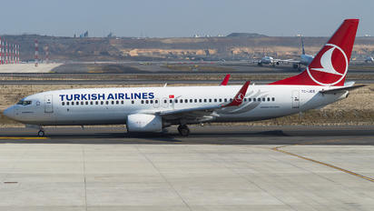 TC-JGS - Turkish Airlines Boeing 737-800