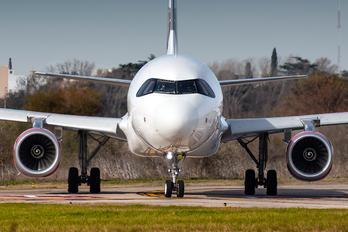 LV-HVT - JetSMART Airbus A320