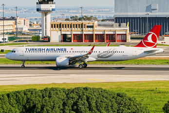 TC-LSP - Turkish Airlines Airbus A321 NEO