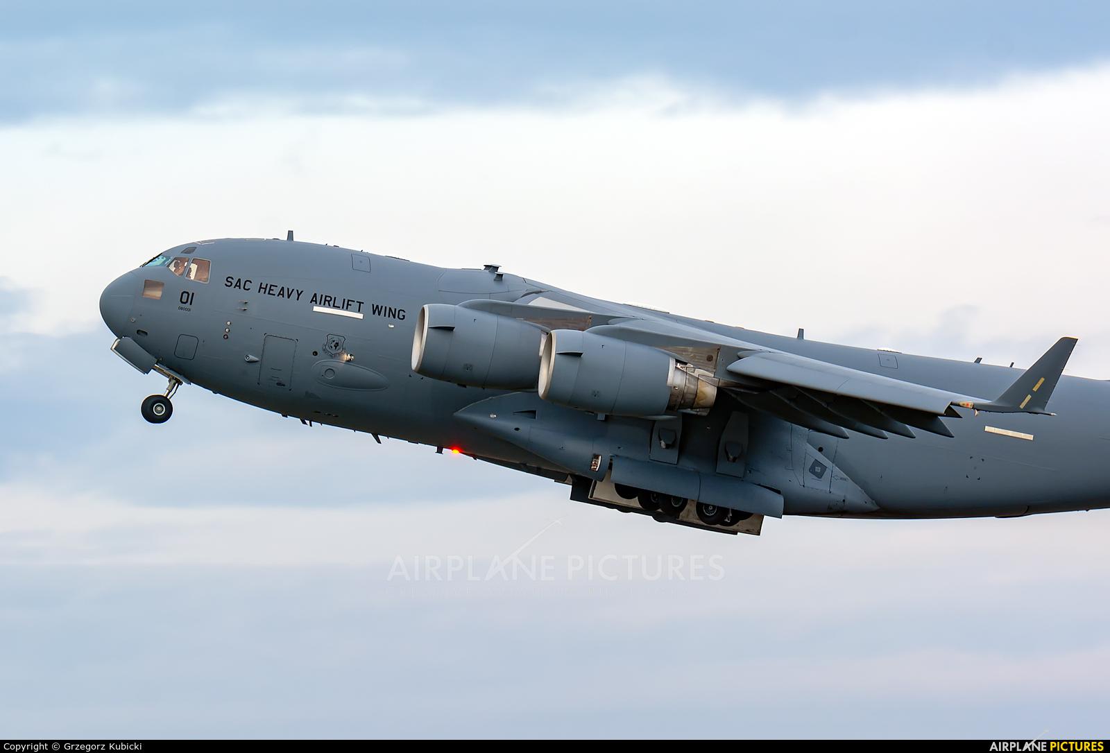 Hungary - Air Force 01 aircraft at Wrocław - Copernicus