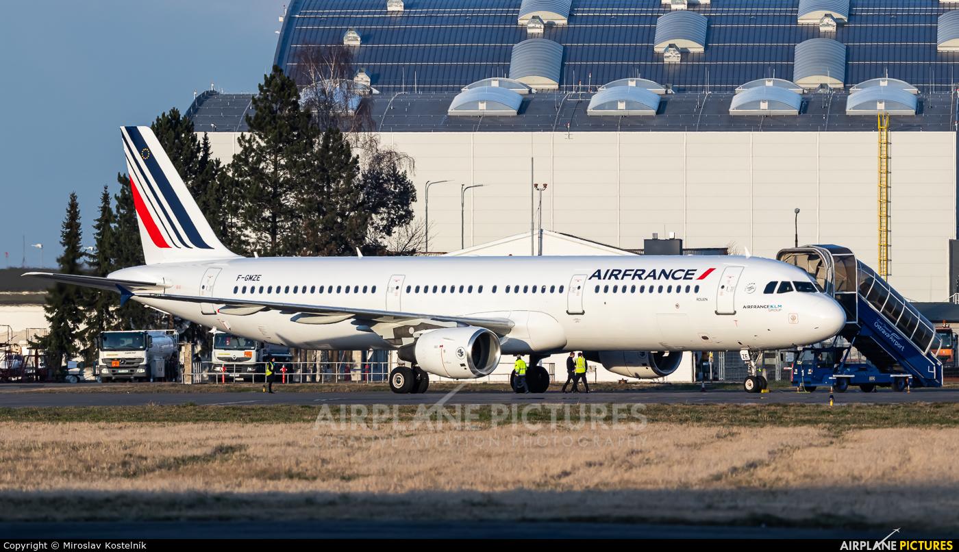 Air France F-GMZE aircraft at Ostrava Mošnov