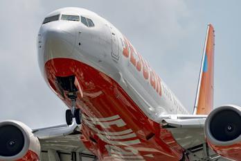HL8318 - Jeju Air Boeing 737-800