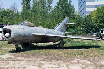 502 - Romania - Air Force Mikoyan-Gurevich MiG-17PF