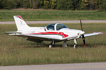 I-D039 - Private Pioneer 300 Hawk