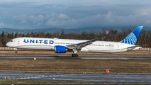 N12010 - United Airlines Boeing 787-10 Dreamliner aircraft