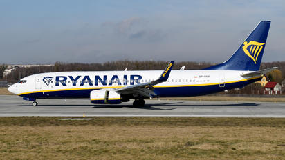 SP-RKR - Ryanair Sun Boeing 737-8AS