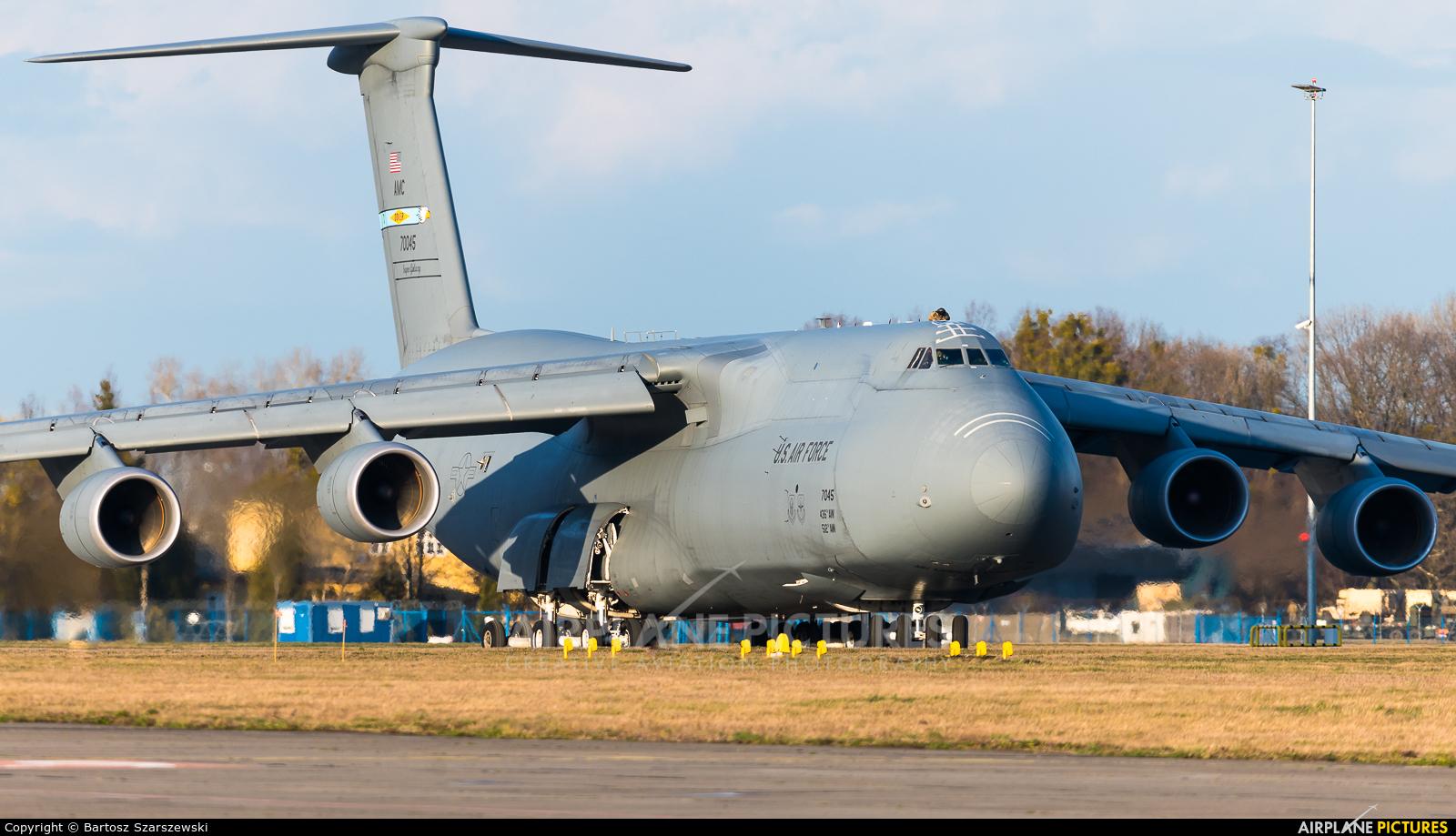 USA - Air Force 87-0045 aircraft at Wrocław - Copernicus