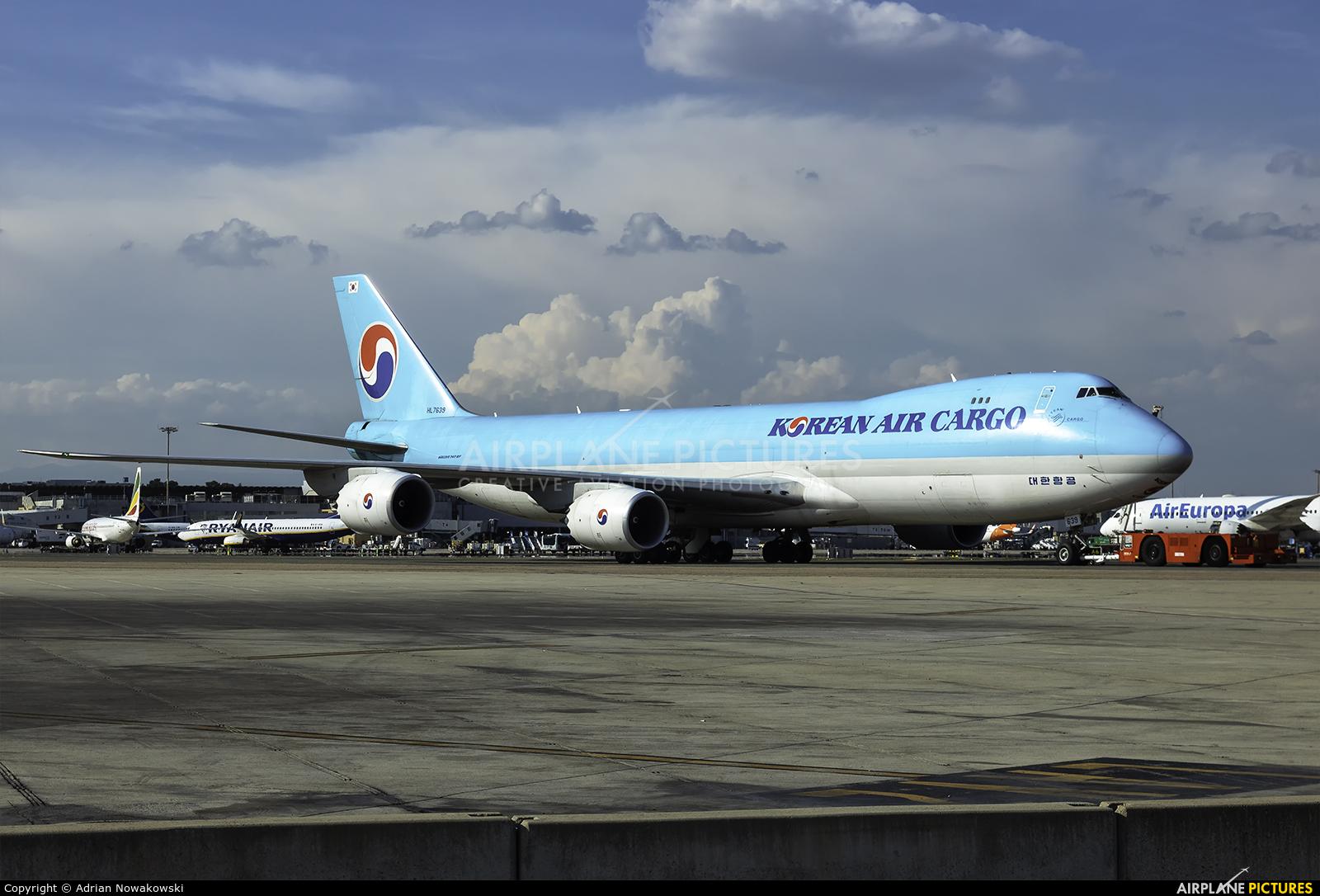 Korean Air Cargo HL7639 aircraft at Madrid - Barajas