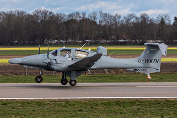 G-WKTH - Private Diamond DA62
