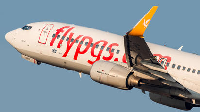TC-CPO - Pegasus Boeing 737-800
