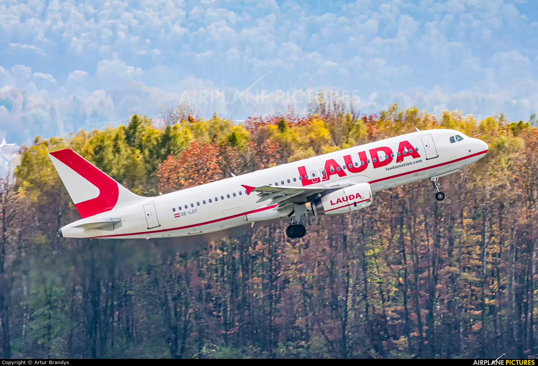 LaudaMotion OE-LOT aircraft at Kraków - John Paul II Intl