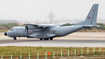 16704 - Portugal - Air Force Casa C-295M
