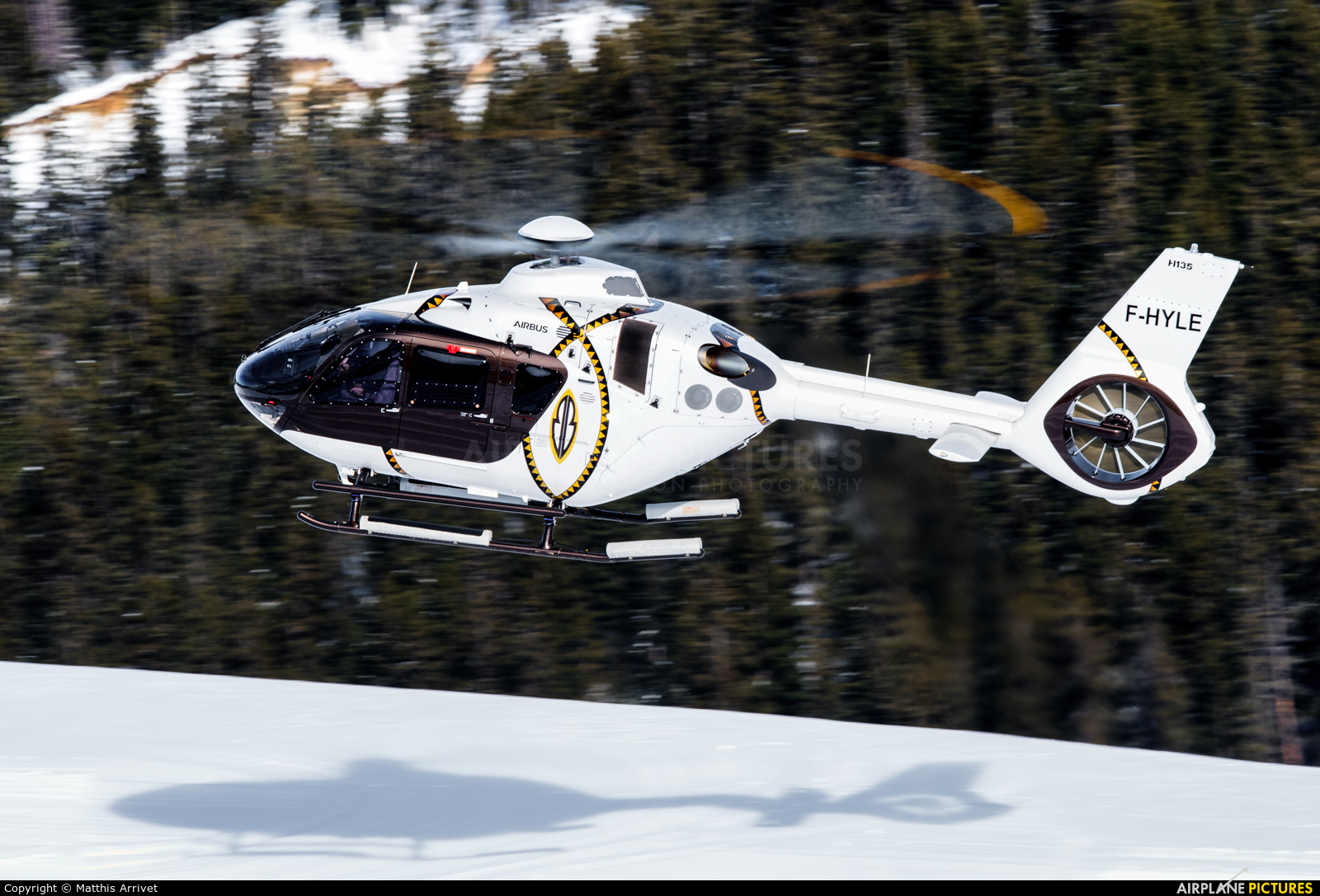Private F-HYLE aircraft at Courchevel