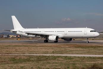 G-POWU - Titan Airways Airbus A321