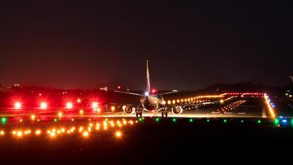 JA305K - ANA - All Nippon Airways Boeing 737-500
