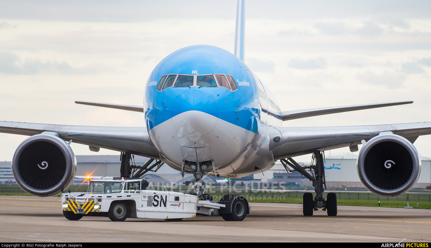 TUI Airlines Belgium OO-JNL aircraft at Amsterdam - Schiphol