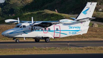TI-BGM - Skyway Costa Rica LET L-410UVP-E20 Turbolet