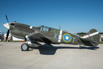 N5813 - Private Curtiss P-40M Warhawk