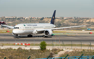 HZ-AR11 - Saudi Arabian Airlines Boeing 787-9 Dreamliner