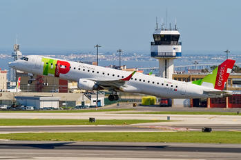CS-TTZ - TAP Express Embraer ERJ-195 (190-200)