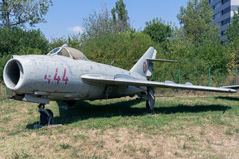 444 - Romania - Air Force Mikoyan-Gurevich MiG-17F