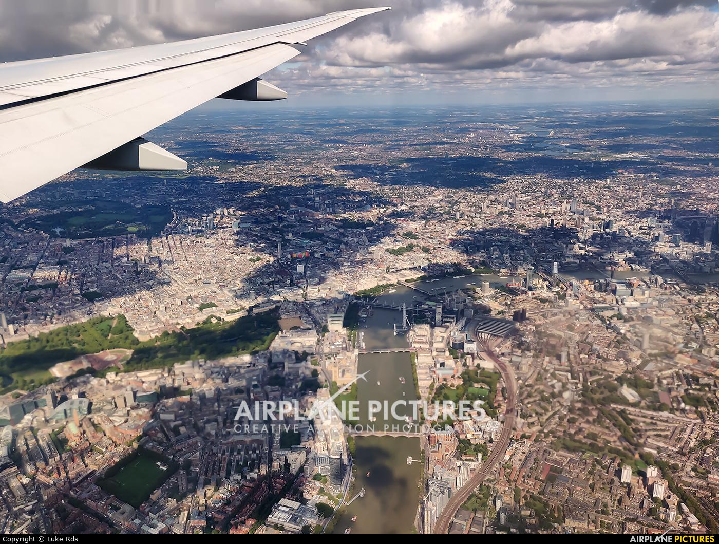 American Airlines N730AN aircraft at London - Heathrow